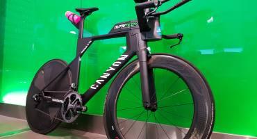 The new Canyon Speedmax CF SLX 9.0 PRO