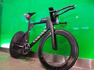 The new Canyon Speedmax CF SLX 9.0 PRO